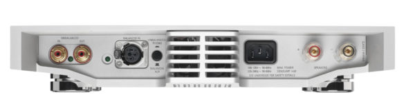 Linn Klimax Solo high end audio vestärker weiss von hinten anschlüsse